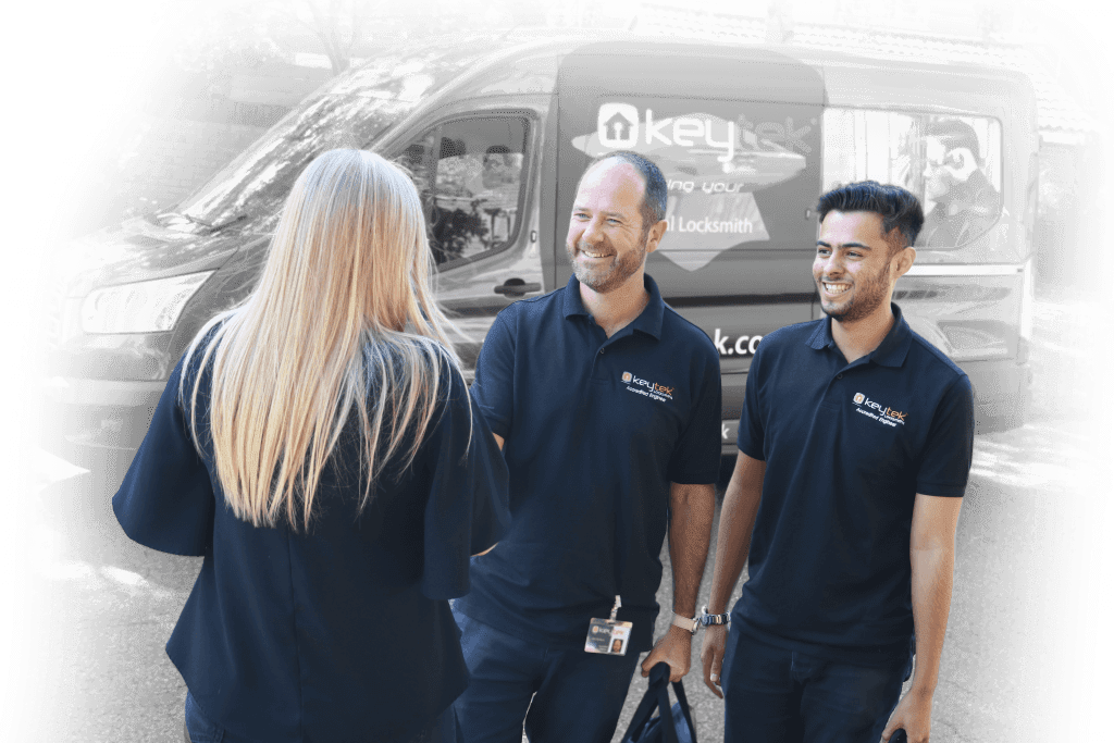 keytek locksmiths greeting customer
